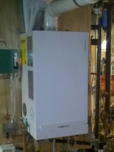 Wall hung modulating condensing boiler